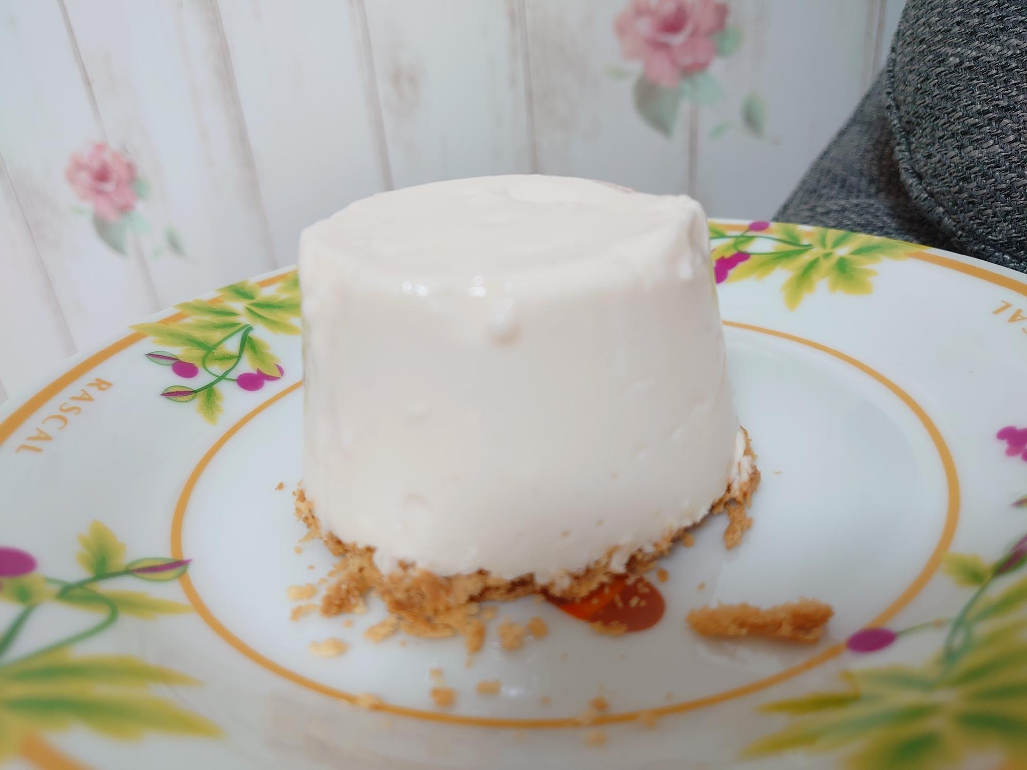 材料4つ☆簡単☆ストロベリーチーズケーキ