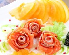 柿とサーモンマリネのオードブル~バジルソース添え~