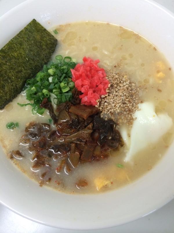 激辛高菜を乗せて☆ピリ辛とんこつラーメン レシピ・作り方 by ajisai624|楽天レシピ
