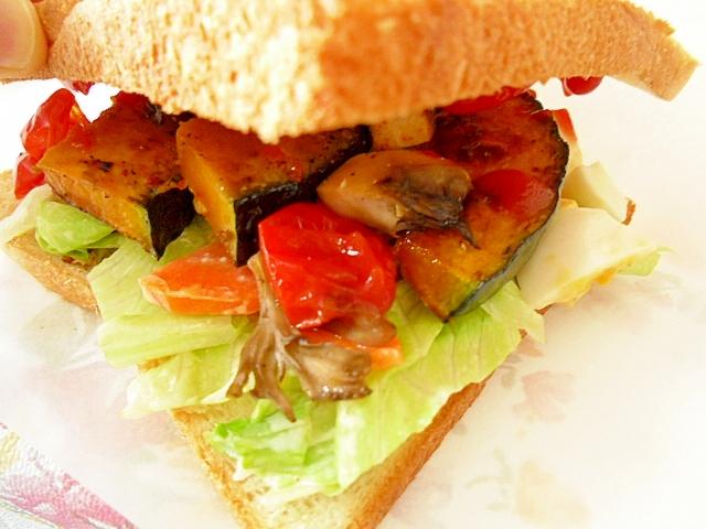焼き野菜のサンドイッチ