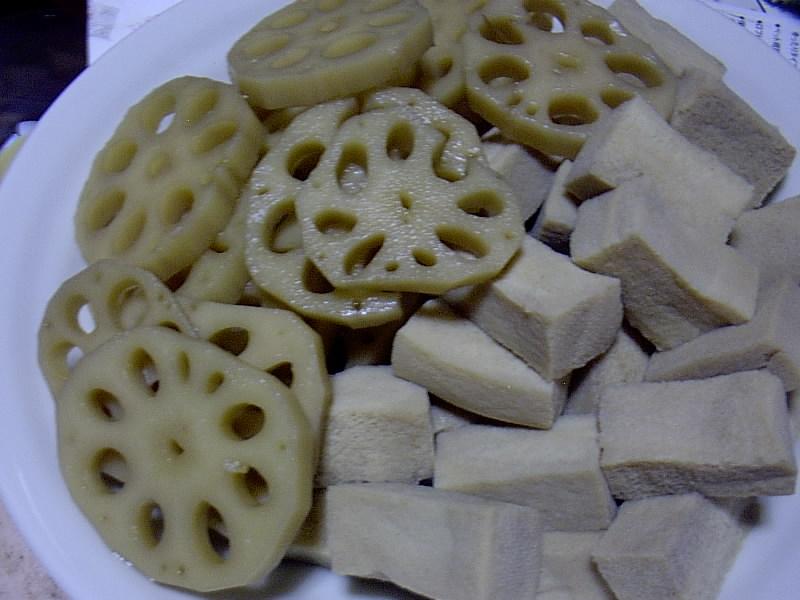 れんこんと高野豆腐の煮物