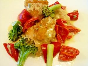 鶏肉と夏野菜のブルーチーズソース