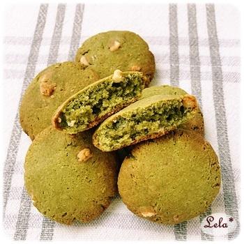 おからと大豆粉の抹茶ホワイトチョコチップクッキー