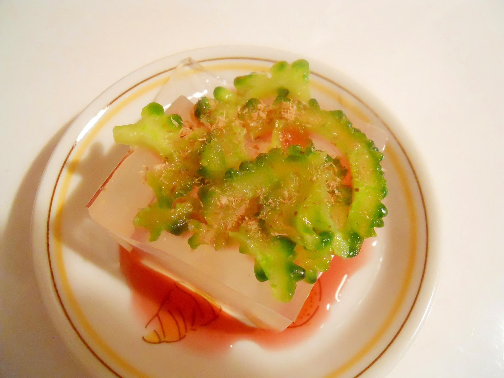 夏バテ対策☆ゴーヤと赤紫蘇酢で寒天やっこ風