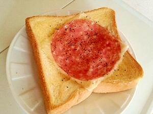 チーズ&ビアソーセージパン☆