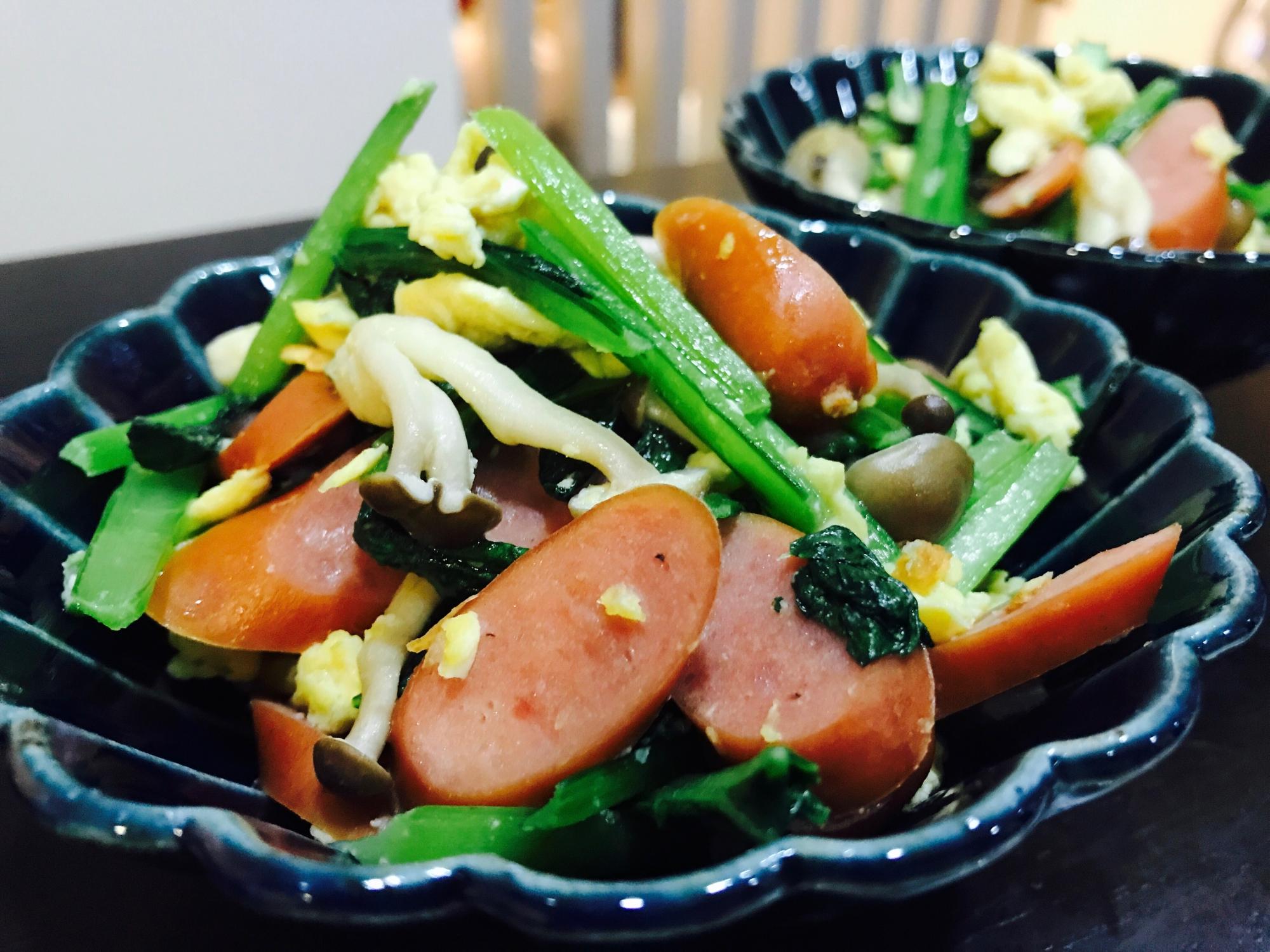 5. 小松菜とウインナーのふわっと卵炒め