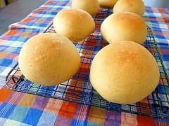 余った卵白で蜂蜜きな粉パン