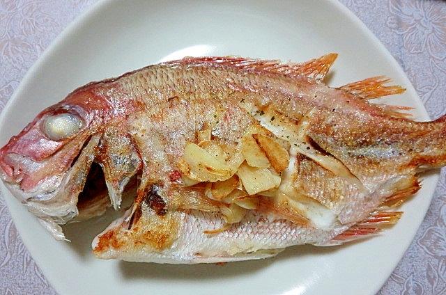 小鯛のハーブソルト焼き