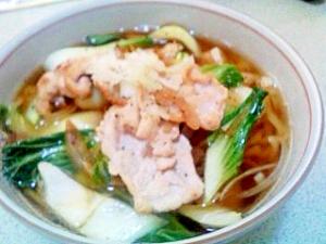青梗菜と豚肉のラーメン