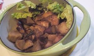 りんごと根菜の豚肉ポットロースト