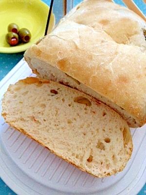 ホームベーカリーでスタッフドオリーブご飯食パン♪