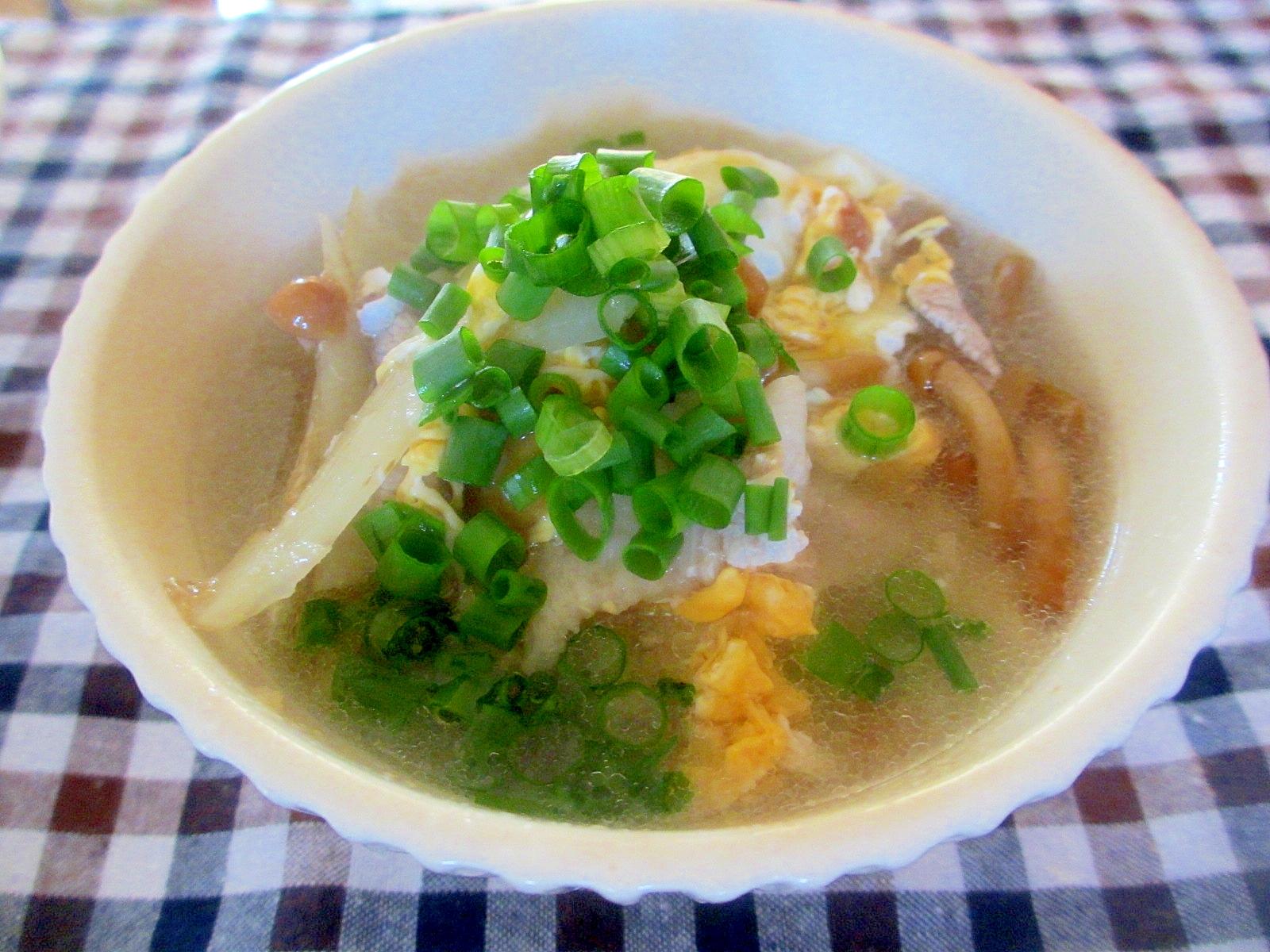 ウドとなめこと卵のスープ