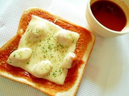 ウインナー・チーズトースト