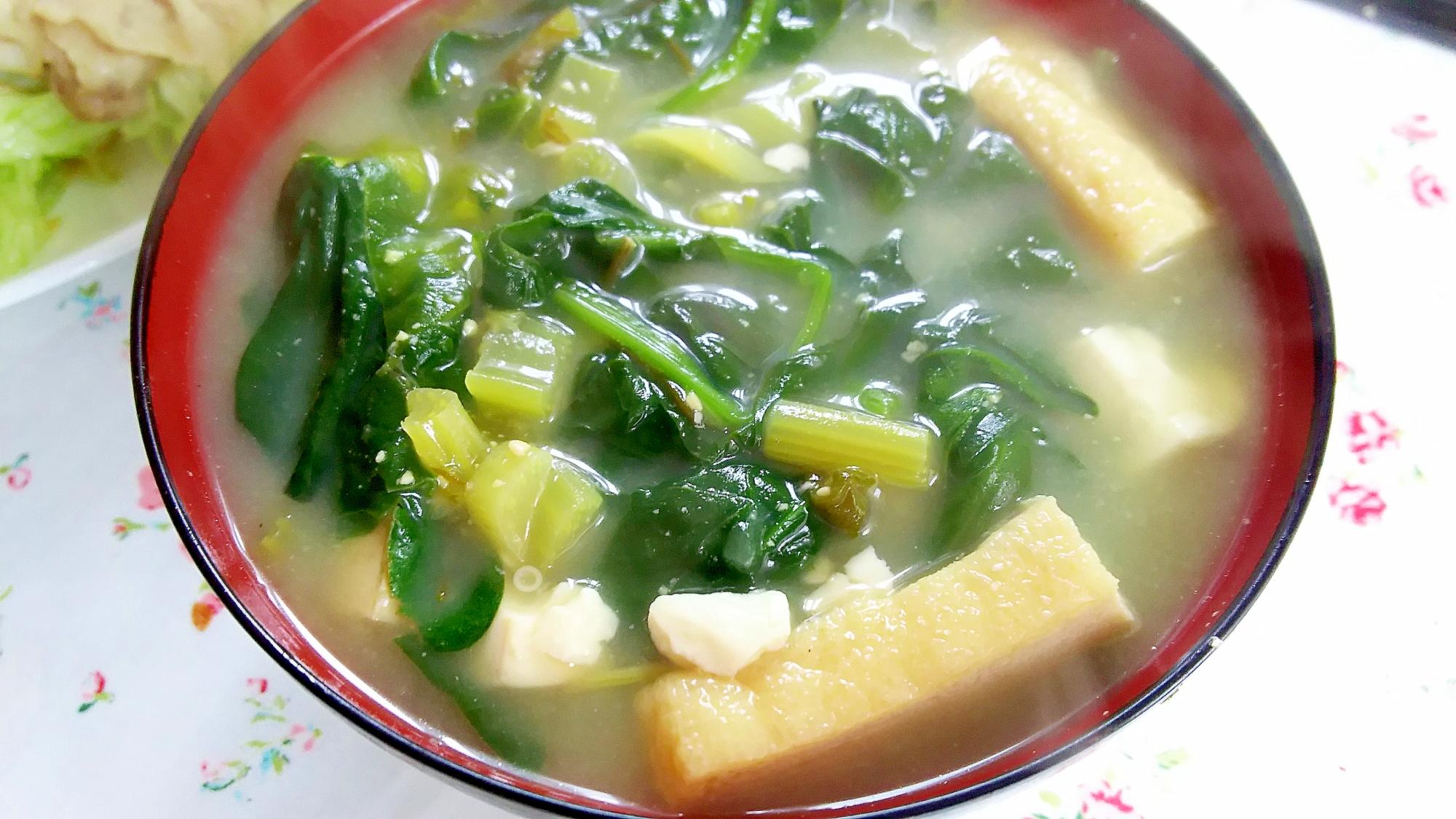汁物「お鍋で ほうれん草、豆腐、油あげのおみそ汁」