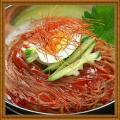 「ビビン麺4食セット【メール便】【送料無料】当店1番人気の冷麺から新商品が登場。甘辛いビビンバソースをかけて食べる韓国ビビン冷麺。韓国レストランも使用。包装が簡易袋のため訳あり。冷麺の味は正規品と同じです【メール便】【送料無料】」の商品レビュー詳細を見る