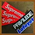 「Supreme シュプリーム BOX LOGO STICKER 3P PACK SET ボックス ロゴ ステッカー セット[ステッカーセット シール 3枚組 ブランド ボックスロゴ 防水 5.5cm×20.5cm RED レッド 赤]」の商品レビュー詳細を見る