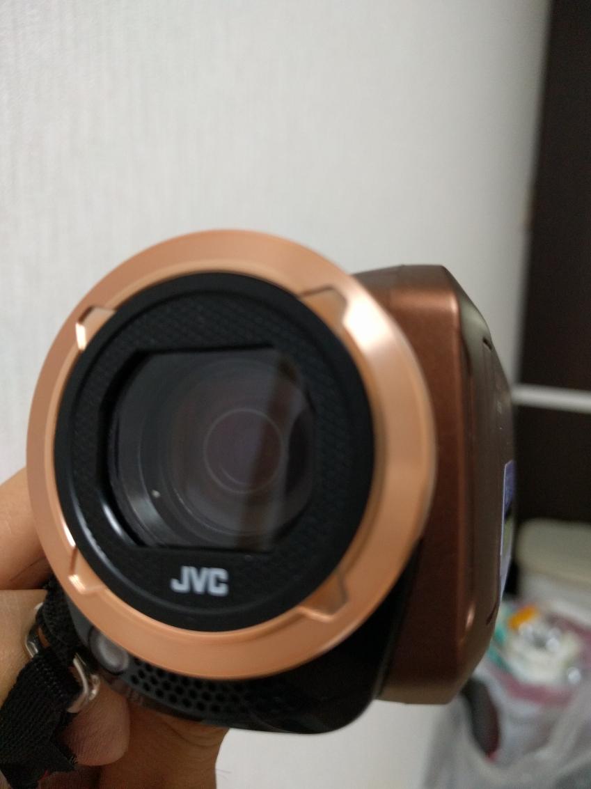 /(ビクター//VICTOR/) プール フルハイビジョン ビデオカメラ 旅行 【送料無料】 JVC 学芸会 【クーポン対象商品】 運動会 タッチパネル 人気 おすすめ GZ-F100-T 小さい KA-1100 三脚&バッグ付きおすすめセット 海 32GB 結婚式 + 大容量バッテリー