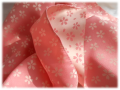 「風呂敷 弁当包み 48cm 中巾 小風呂敷 [メール便 送料無料] チーフ むす美 きらら 桜 全2色」の商品レビュー詳細を見る