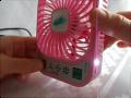 「[定形外郵便配送][送料無料]送料無料 USB 扇風機 卓上 充電式 コードレス USB扇風機 卓上扇風機 小型 サーキュレーター USBファン デスクファン 車載 アウトドア 夏物 ER-FANSQ」の商品レビュー詳細を見る