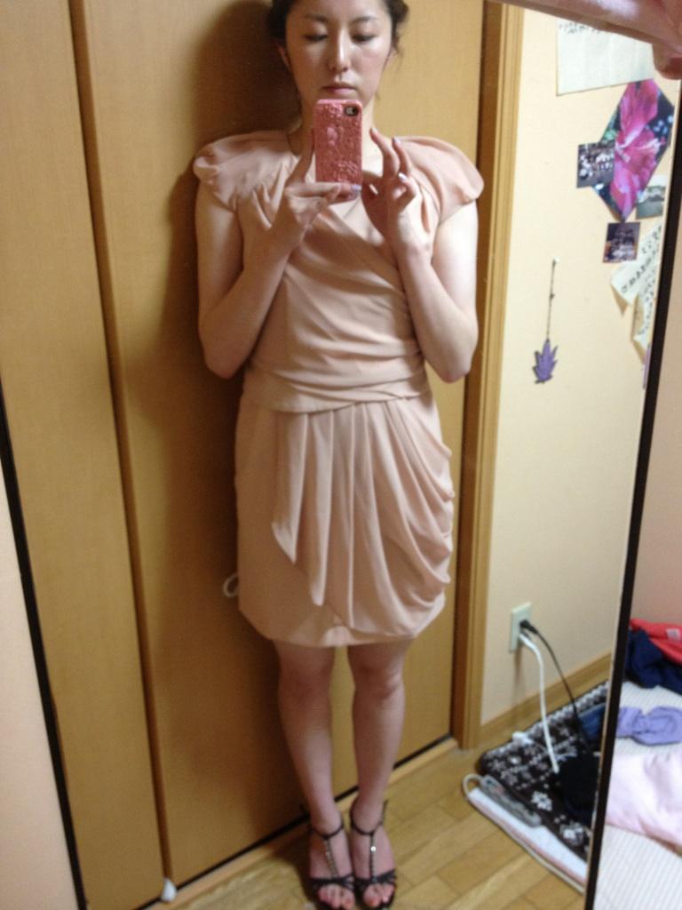 8e85e7cba3229 画像   30代女子向け♡結婚式お呼ばれワンピースコーディネート 服装  - NAVER まとめ