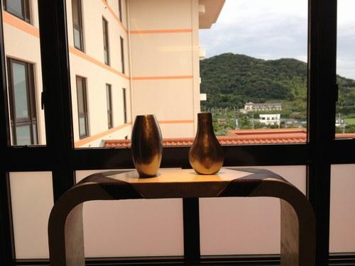 3ホテル 踊り場 500.jpg