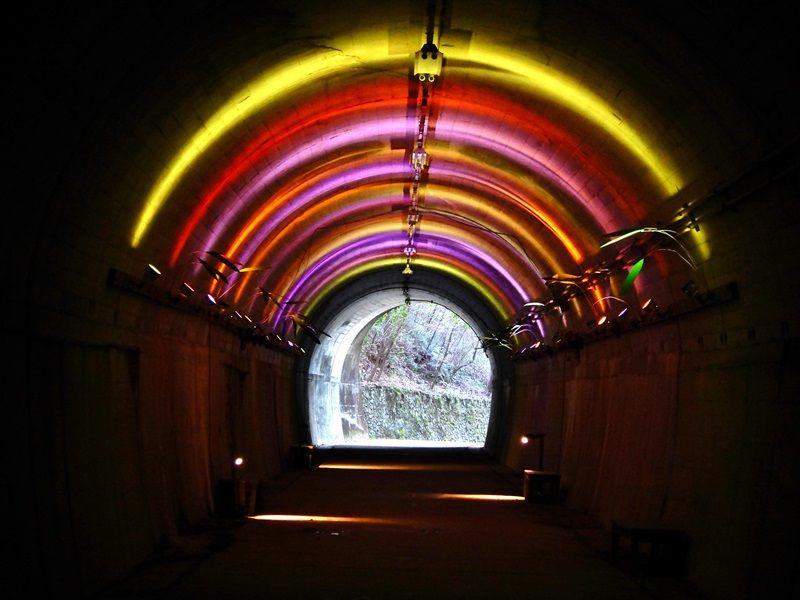 青葉トンネル3