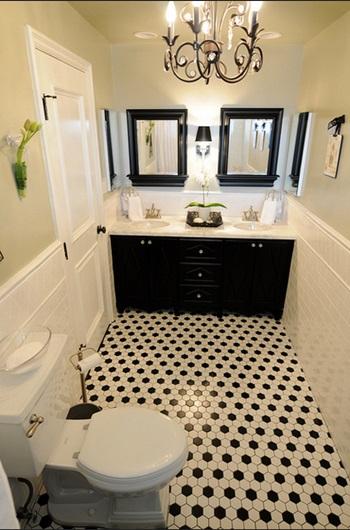 白と黒のバスルーム
