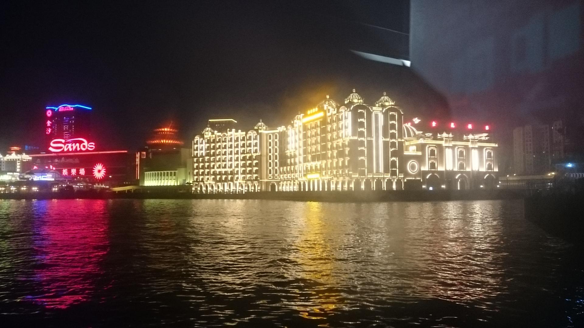 香港1.JPG