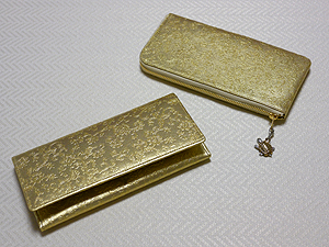 金色のお財布