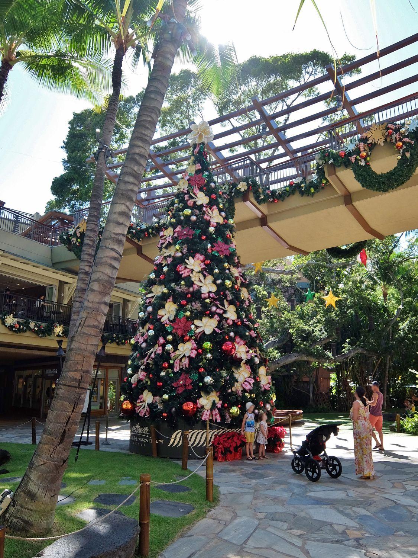 ハワイ クリスマス ツリー ロイヤル・ハワイアン・センター