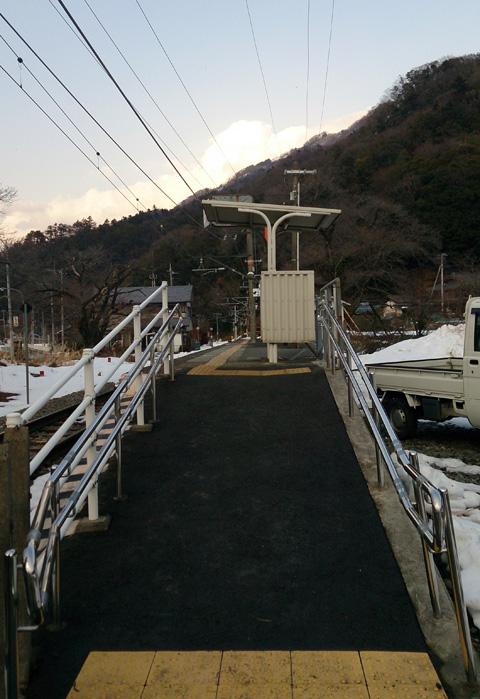 塩之沢駅.jpg