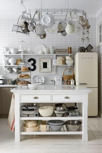 道具の多いキッチン