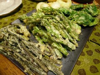 山菜の天ぷら山盛り。。。