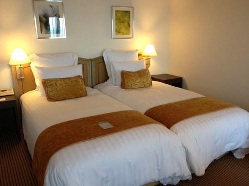 4ホテル部屋2500.jpg
