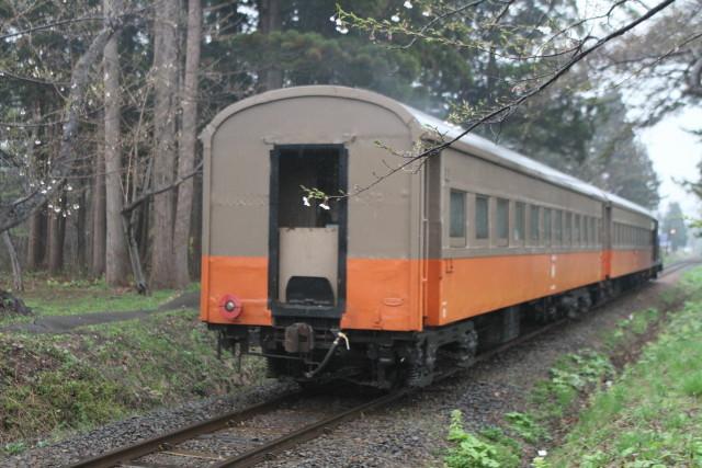 津軽鉄道 雨の ストーブ列車2