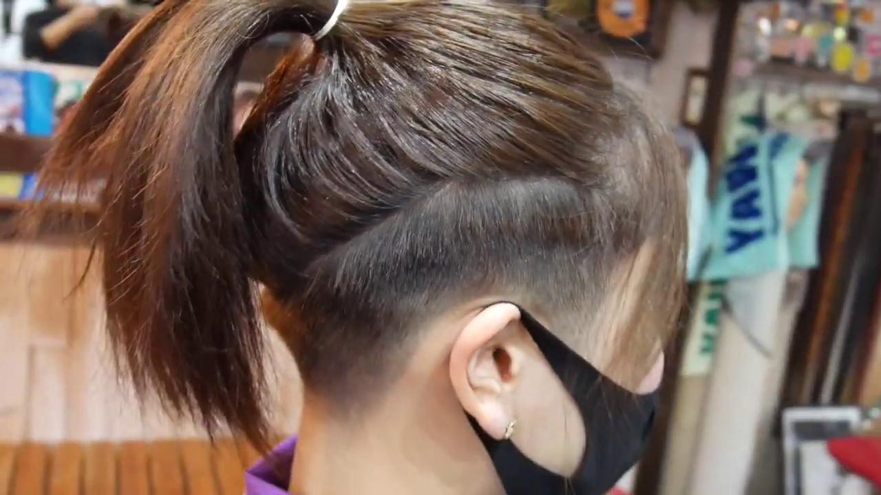 20 断髪 フェチ