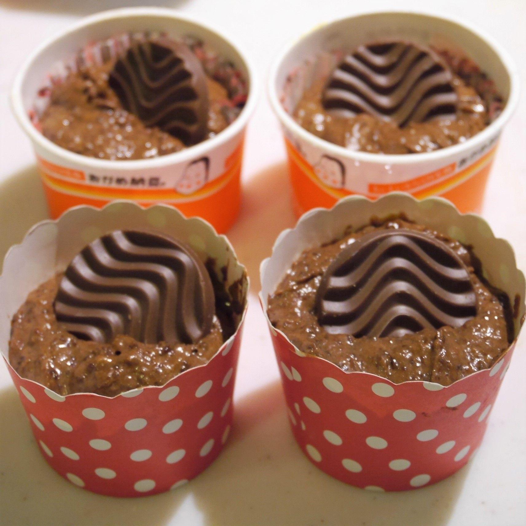 焼きチョコ風カップケーキ_焼き上げ前