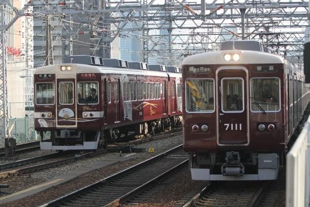 阪急 快速特急 京とれいん3