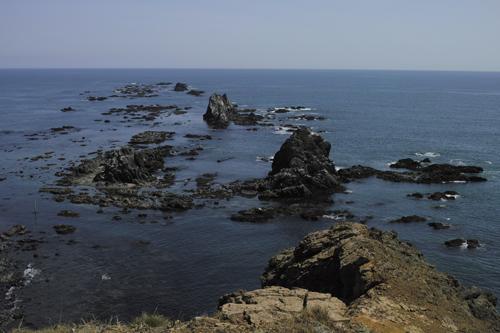 目の前の岩礁.jpg