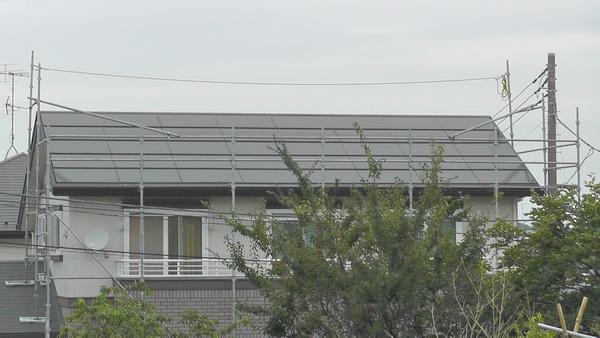 太陽光発電パネル交換のための足場