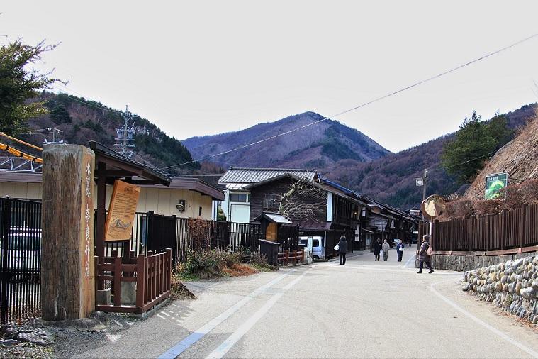 1.奈良井宿松本側.JPG