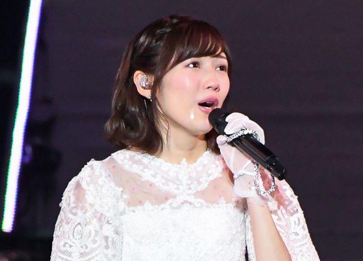 ☆AKB48♪渡辺麻友*卒業コンサートで感涙「11年間たくさんの愛を ...