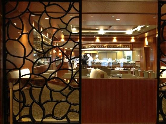 6ホテルレストラン550.jpg
