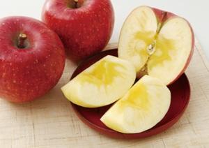 リンゴ[1].jpg