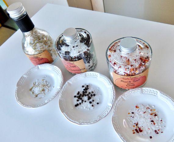 コストコで買った岩塩 スパイスコレクション 598円のレポートです  クッチーナトスカーナ スタッキング スパイス コレクション Cucina Toscana Tuacan Kitchen Rock Salt