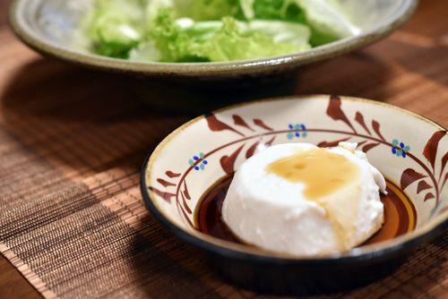 じーまーみ豆腐とレタスサラダ