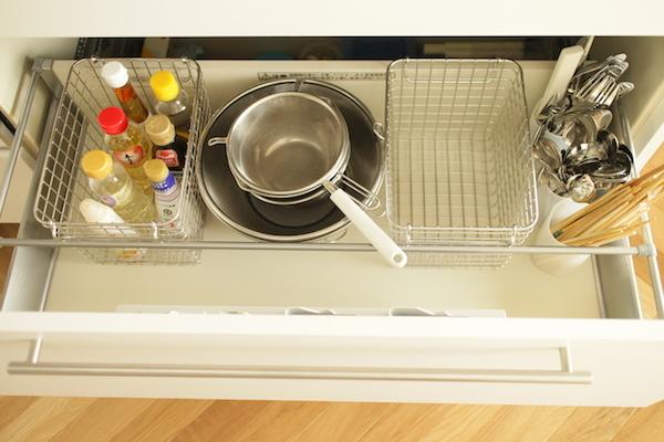 キッチン収納4.JPG