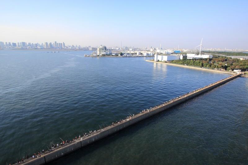 東京ゲートブリッジ_004橋上から俯瞰・画面左お台場.jpg