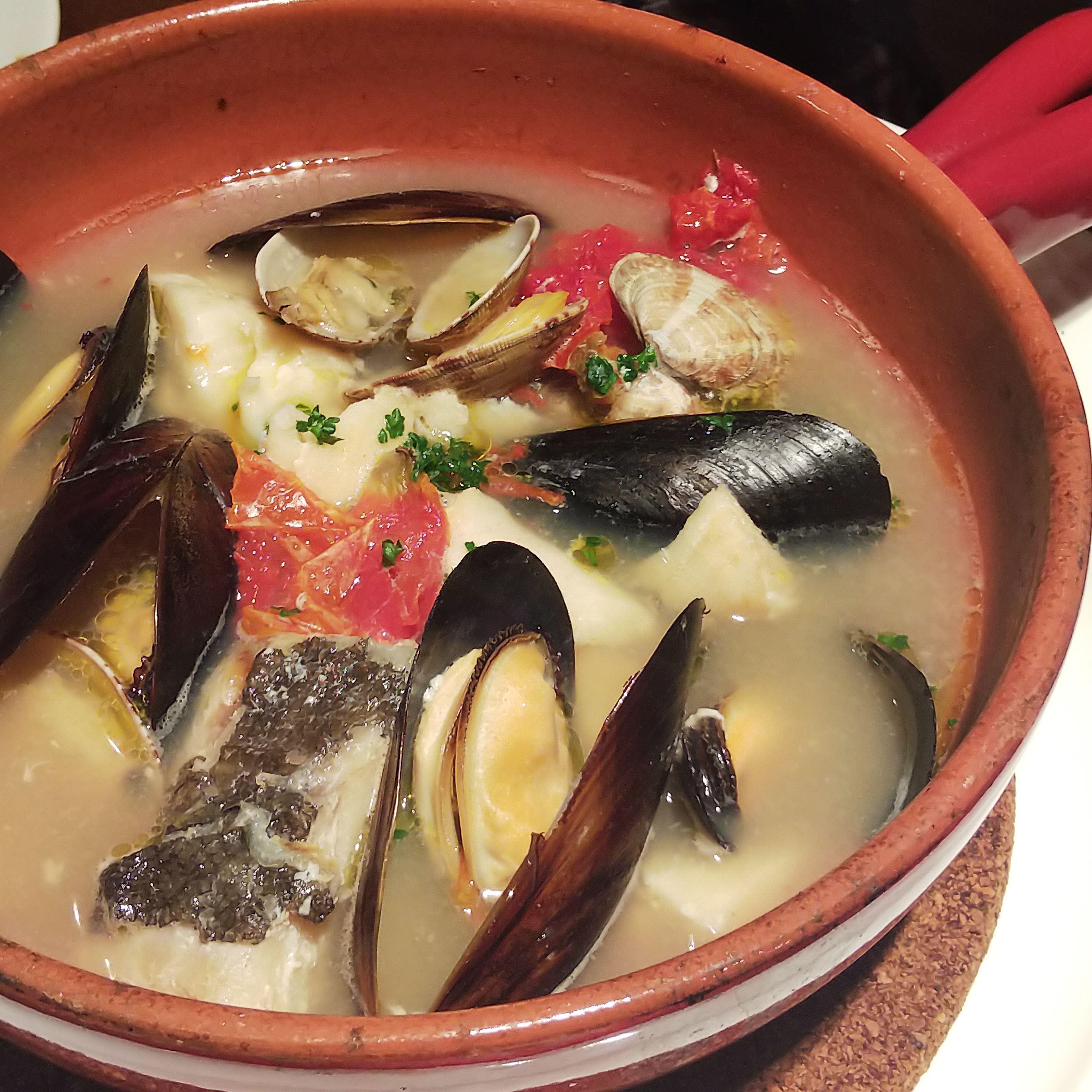 アオヤママルマーレ_【魚料理】タラのアンコーナ風