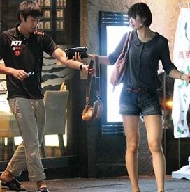芸能モバイル [画像]選手の木村沙織が男子バレーの米山裕太と ...